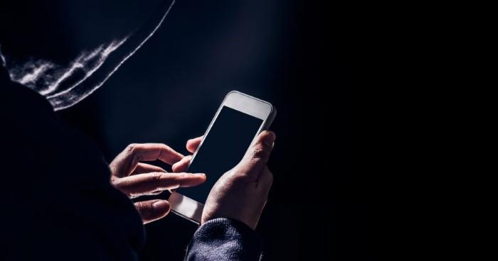 Nằm mơ thấy bị hack điện thoại đánh con gì?